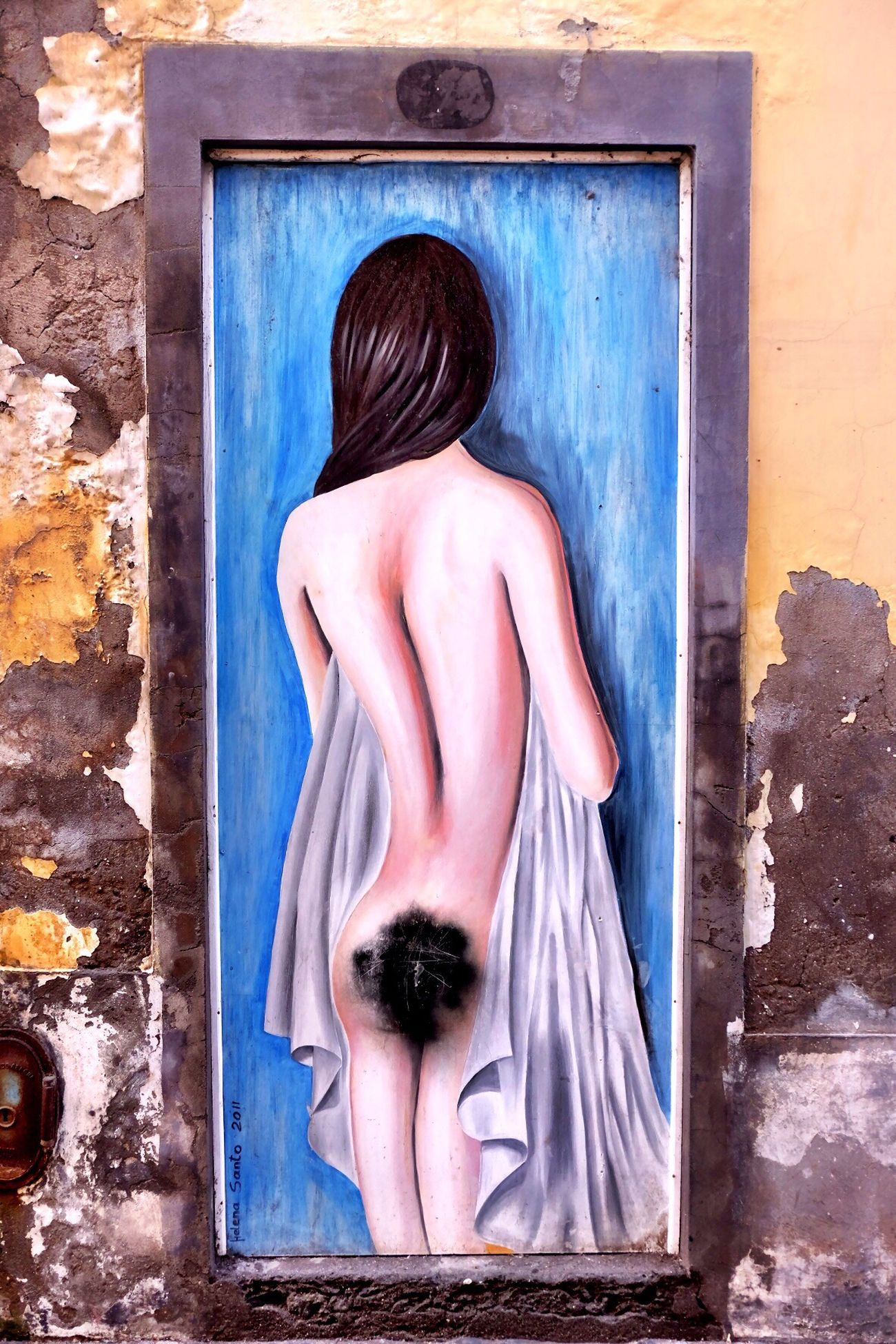 Day Rear View Indoors  No People Close-up Representing Girl Woman Woman Portrait Drawing Drawings Beauty In Nature Door Painting Paintings EyeEm Photo Standing Outdoors Travel Photography Freshness