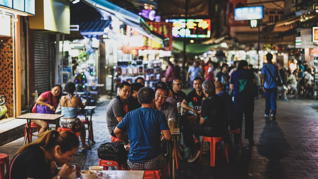 Street Restaurant HongKong Discoverhongkong Nightphotography Streetphotography Restaurant Nightshooters SONY A7ii EyeEm Masterclass Urban Exploration Beautiful EyeEm Best Shots Taking Photos Ilce-7m2 Sel50f14z EyeEm Best Edits Our Best Pics Street Photography Hello World Zeiss Sonyimages Walking Around From My Point Of View 香港 Found On The Roll
