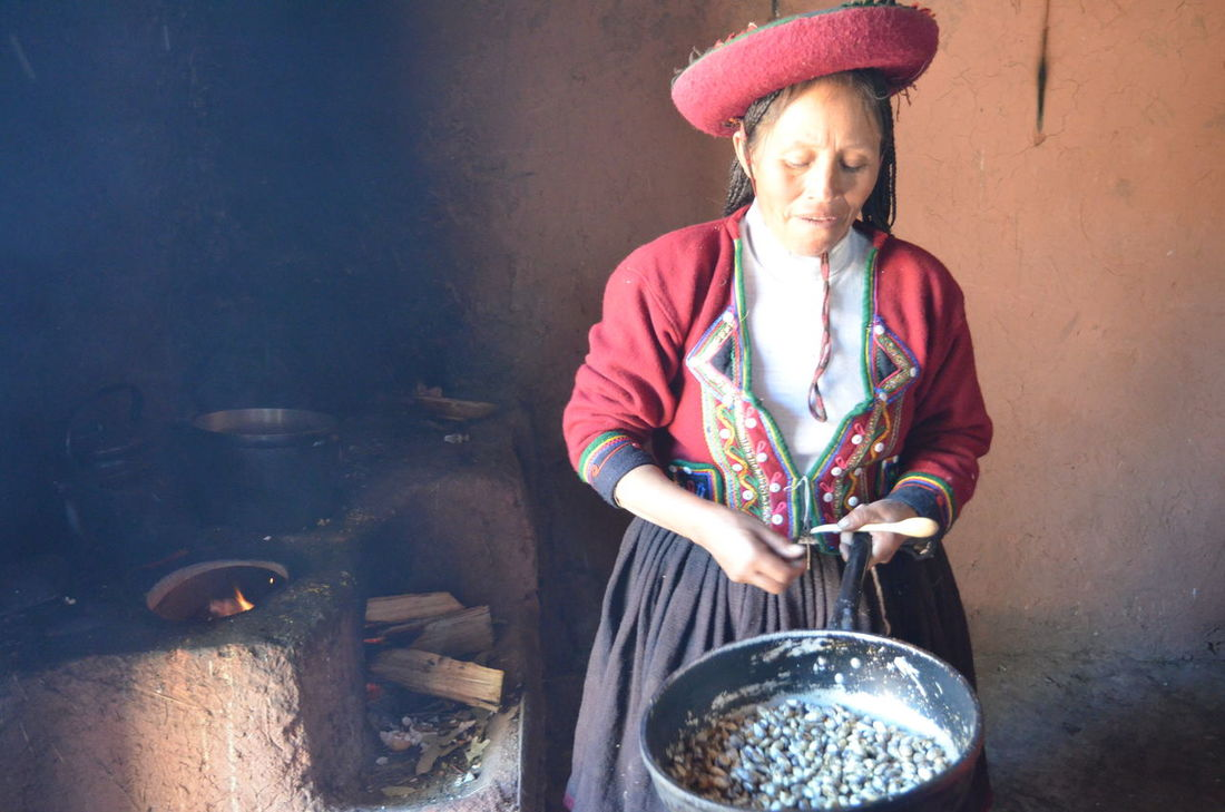 Cooking Time Countryside Discovering New Cultures EyeEm Diversity Peru Portrait Preparation  Real People Travelling Around The World Unique Moments The Portraitist - 2017 EyeEm Awards