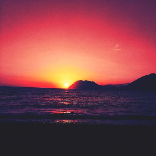 BLOODY Sunset Greece Vacations