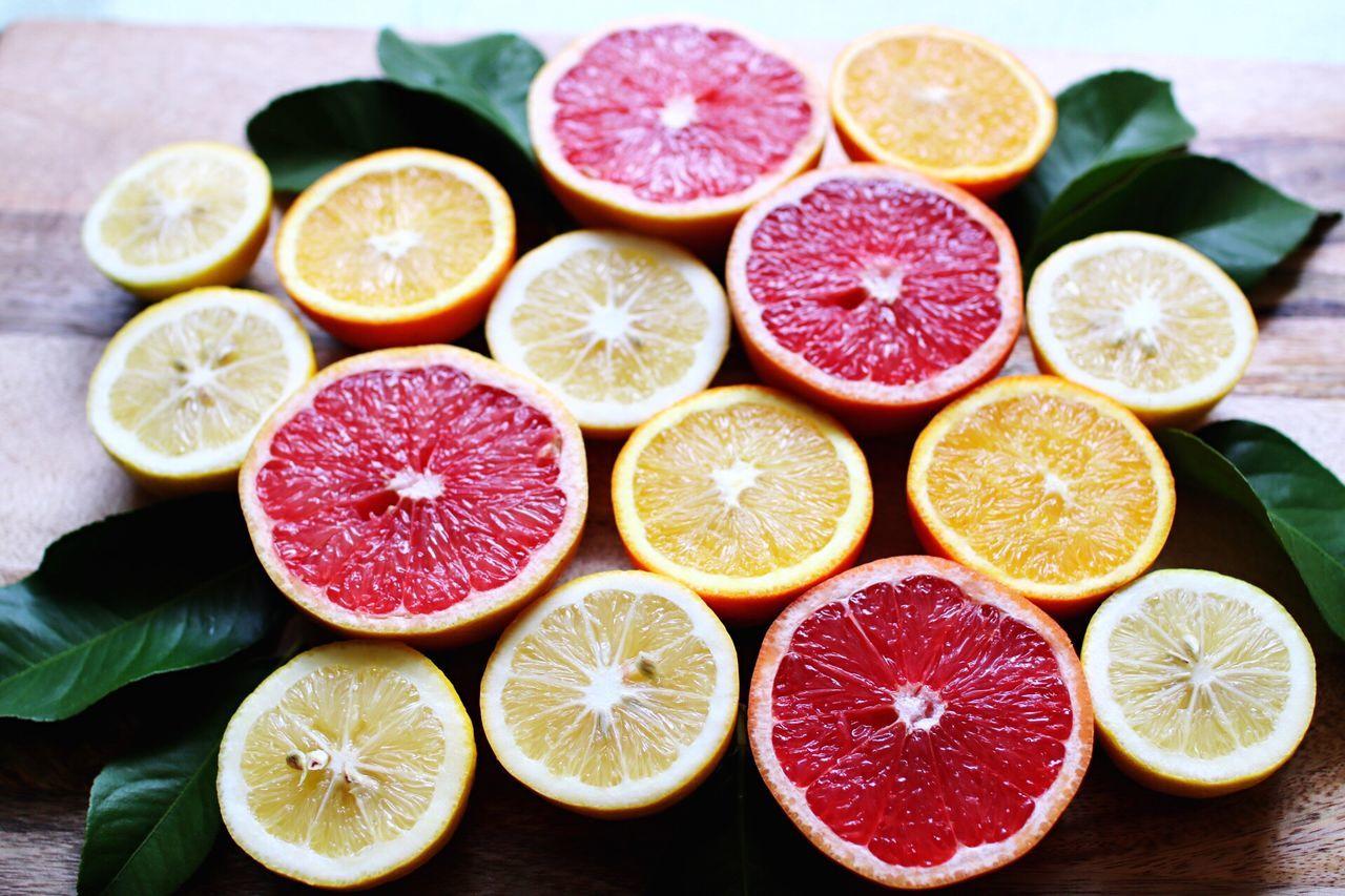 Lemon SLICE Citrus Fruit Cross Section Fruit Grapefruit Lime Food And Drink Indoors  Freshness No People Healthy Eating Large Group Of Objects Studio Shot Food Close-up Day Blood Orange Sour Taste