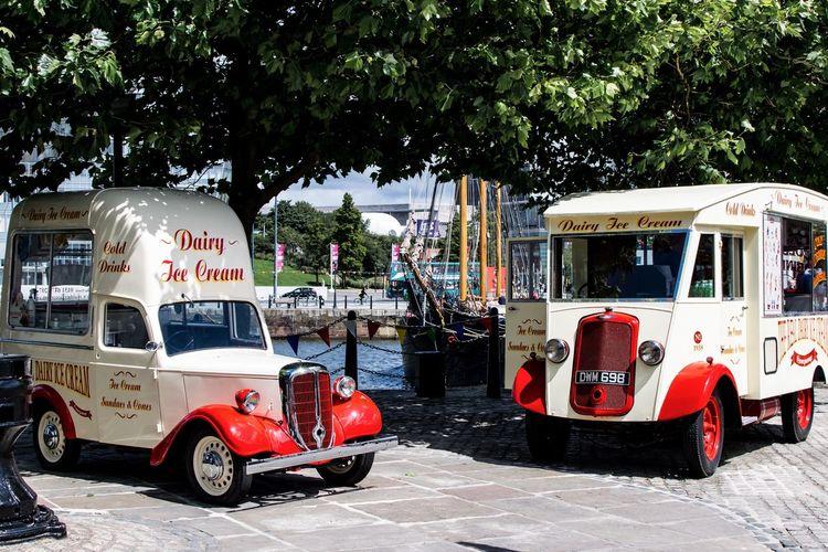 Albert Docks Liverpool Docks Liverpool, England Liverpool Old Vehicles Vintage Cars Ice Cream Vans
