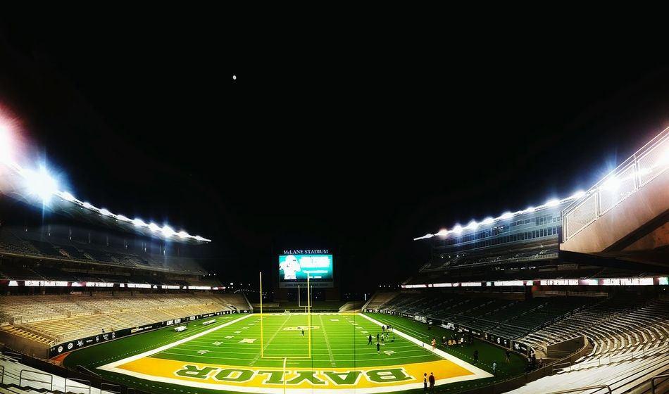 The Color Of School Baylor University Baylor University Baylor Football College Life Eye4photography  Collegelife Collegefootball Football Football Stadium Footballislife Football Field Taking Photos Hanging Out Check This Out Enjoying Life EyeEm Nature Lover Nightphotography Night Photography Relaxing Naturelovers