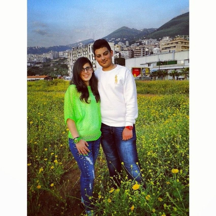 With Sis Fun Jounieh yellow flowers love her ♥♥