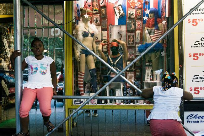 Kids NYC Phaichoeiklintes Photooftheday Playground SoHo #nyc Street Art Street Photography Streetart Streetphotography Washington Square Park