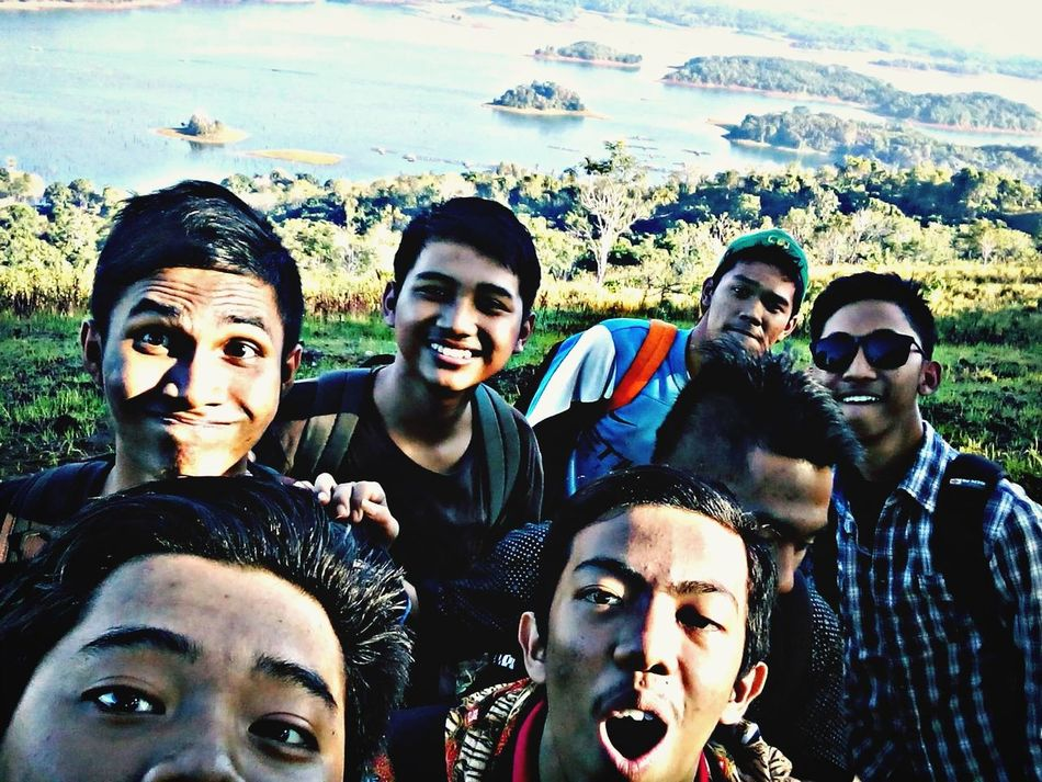 Holiday Enjoying Life Selfiesunday Riamkanan #bukitbatas