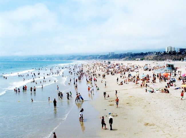 Santamonicapier California Check This Out Hello World Hi! Taking Photos Enjoying Life Relaxing Love Wanderlust Cheese! Being A Tourist Taking Photos Adore Adventure Buddies Traveling Beach People View Pacific Ocean