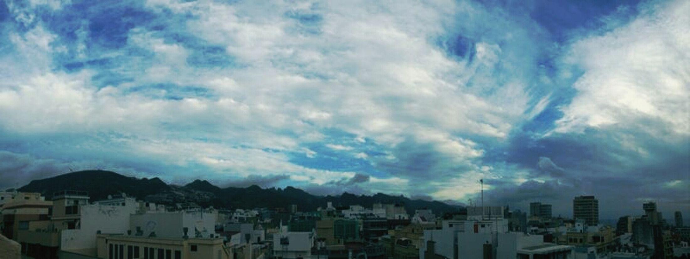 quiero pintar el mundo de azul.. Quesuerteviviraqui Nature_collection Misnubarrones Sky_collection