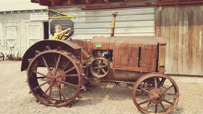 Oldvehicle Tractor Follow Follow Follow Mueseum MySonMyLoveMyEverything Vintage Hello World Vacation Makingmemories Human Meets Technology