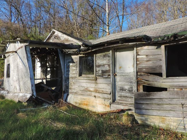 Abandoned Abandoned Buildings Abandoned House Abandoned Places Architecture Bad Condition Built Structure Damaged Day Deterioration House Nature No People Obsolete Ohio Old Outdoors Ruined Run-down Rural Rural Exploration Rural Scene Rurex Wood - Material