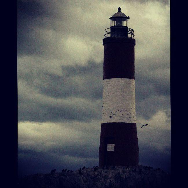 Faro Les Éclaireurs, Ushuaia, Argentina. Homenaje a Shutter Island. Faro Lighthouse Ushuaïa Findelmundo Endoftheworld ShutterIsland Scorsese