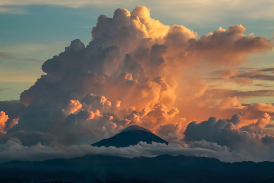 Beauty In Nature Cloud Cloud - Sky Clouds And Sky Day Idyllic Landscape Mountain Nature Nature Photography Nature_collection No People Outdoors Scenics Sky Sunset Sunset_collection Tranquil Scene Tranquility Backgrounds A Bird's Eye View