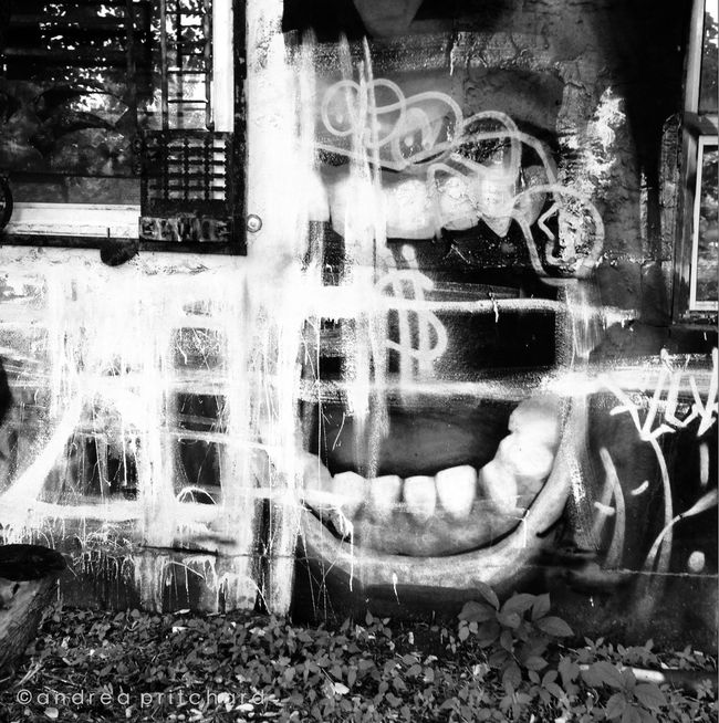 """All the things one has forgotten scream for help in dreams."" AMPt_community Montréal Black And White Shootermag"
