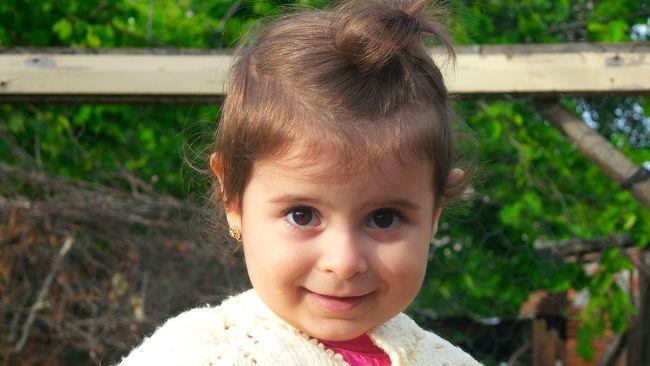 First Eyeem Photo Trabzon Bostancı Zafanoz Baby Babygirl
