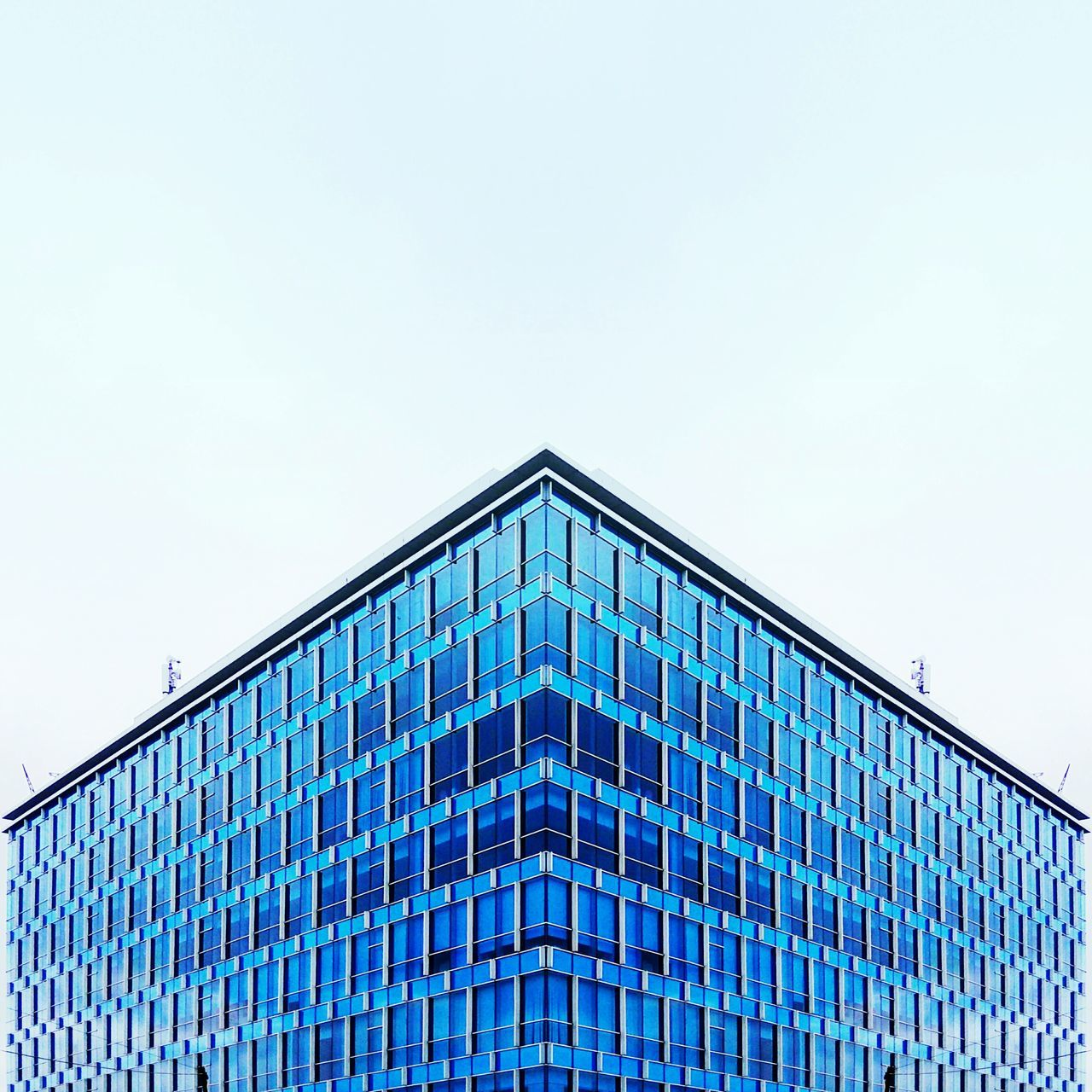 Minimalist Architecture No People Architecture Architecture Mobile Photography Modern Architectural Detail Building Mobilephotography Architectural Urbanphotography Urban Geometry Architecture_collection Architecture Photography Architecturephotography Minimalist