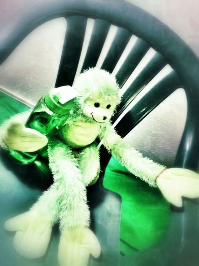 Biz Monkey is ready for summertime .. Mint By Motorola WallpaperForMobile Color Schemes Check This Out Series_biz Monkey BIZ MONKEY Monkey Business Monkeys Monkey Face
