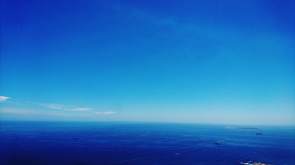 Blue Sky Blue Bluewaters Everything Is Blue Scenics Blue Day Outdoors Ocean Ocean View Ocean Oceanscape Beauty In Nature Tranquility Roben Island