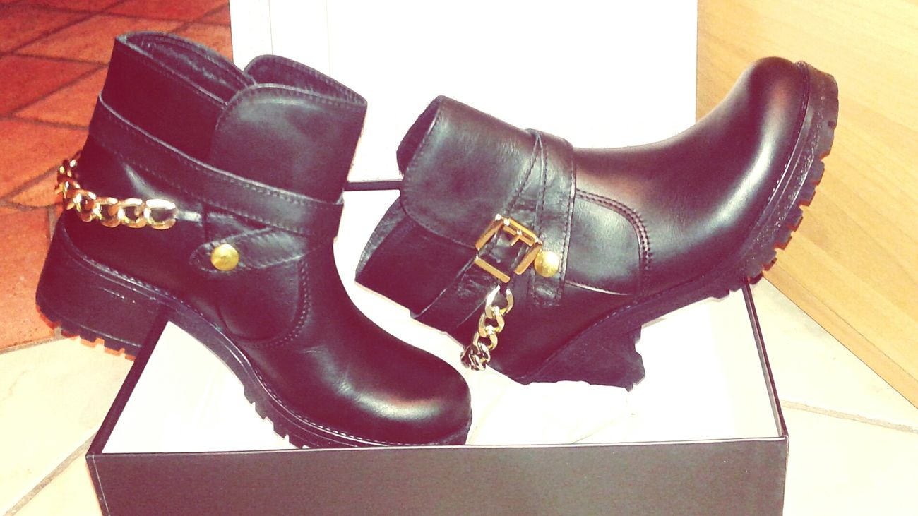 ~ New Entry Thanks Mummy♡ I Love My New Shoes Blackboots  ~