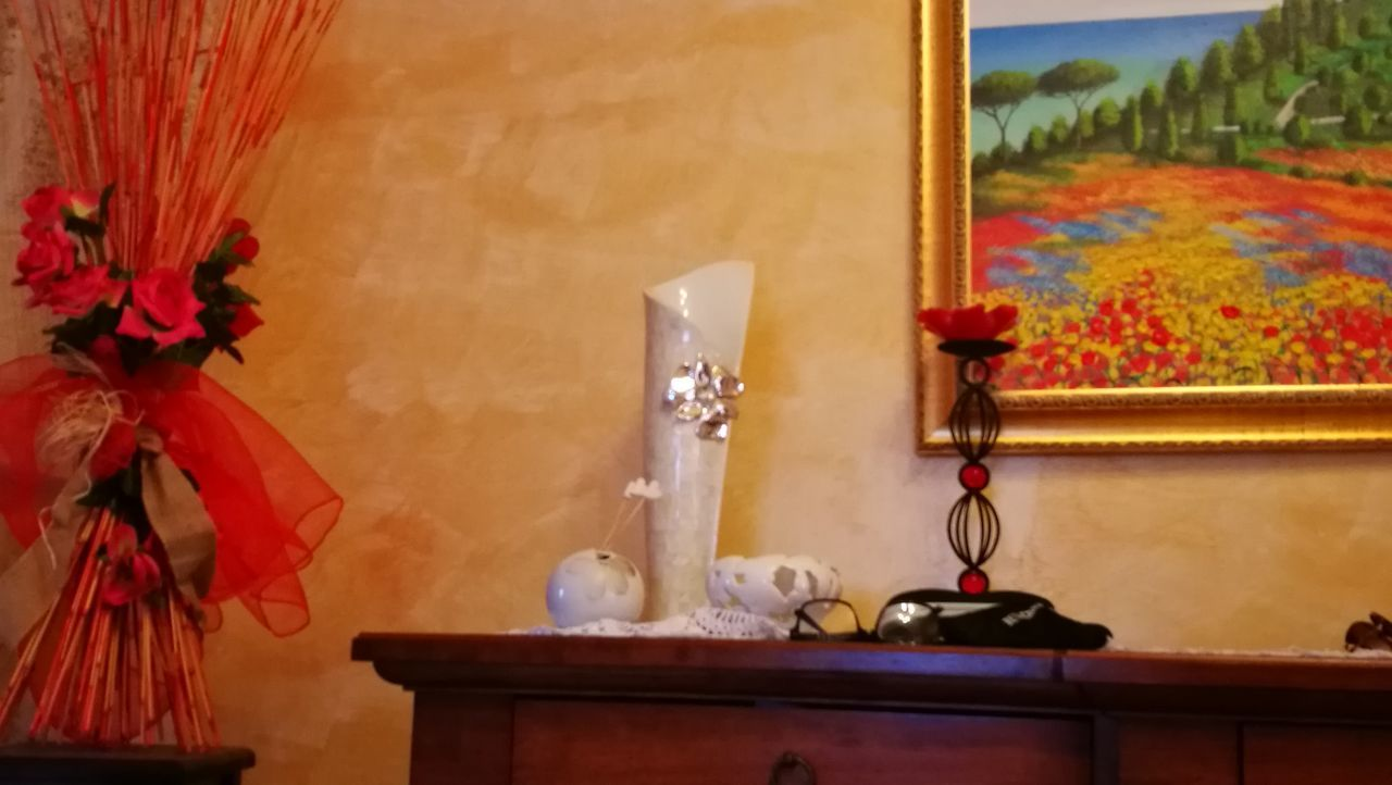 no people, indoors, table, home interior, close-up, day, flower