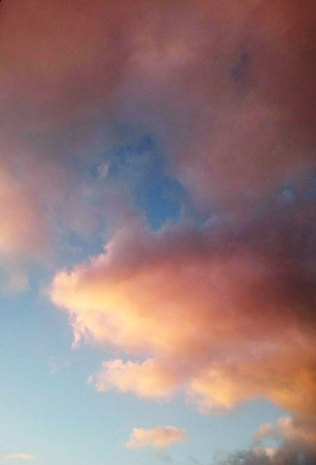 Fluffy Clouds Beautiful Sky NewHome Places Beginnings Air Space Skyporn Sky And Clouds Happy Goodchoice Life In Colors Visualmagic Input Inspiring Nature_collection Joy Peace And Quiet Calmness Within Change Your Perspective