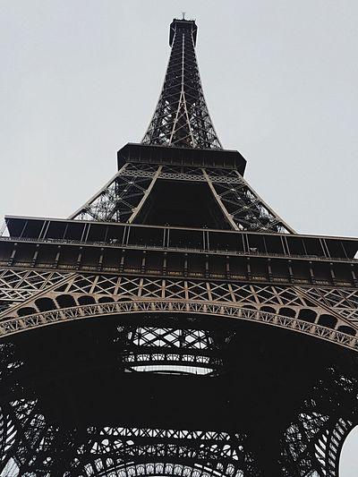 Hi Toureiffel Paris City Trip Beautiful Rainy Days Clouds Wonderful Hello World Capital