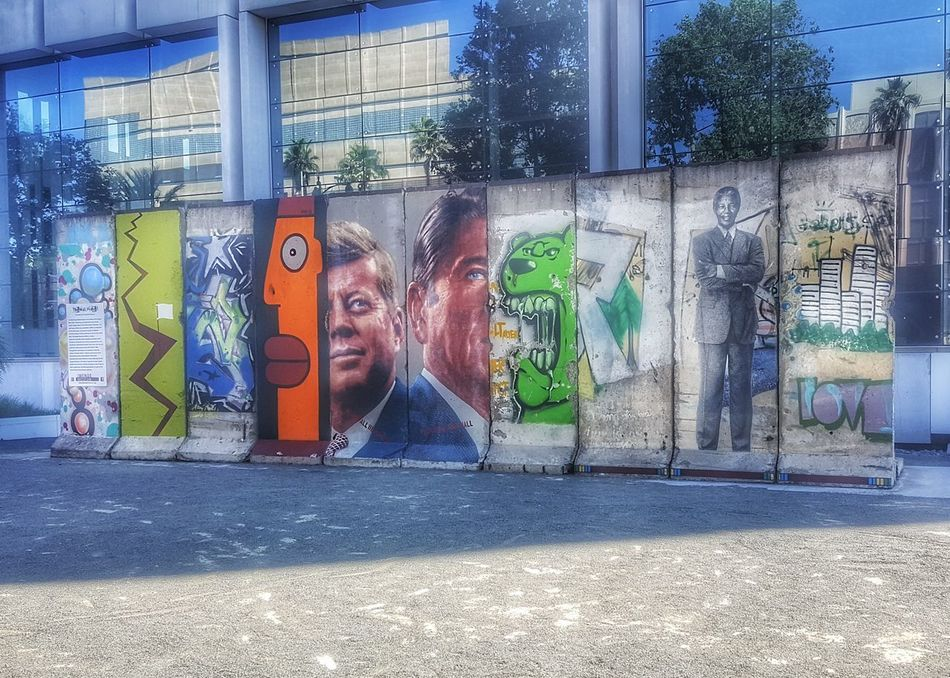 Graffiti Street Architecture Street Art Built Structure Outdoors Building Exterior Day City No People;Berlin Wall