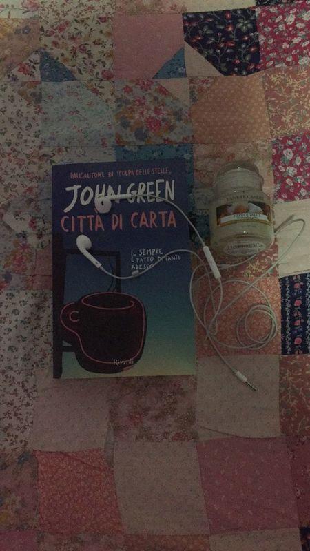 Sta senza pensier..📖💡🎶 Johngreen Cittàdicarta Bestbookever Nottee