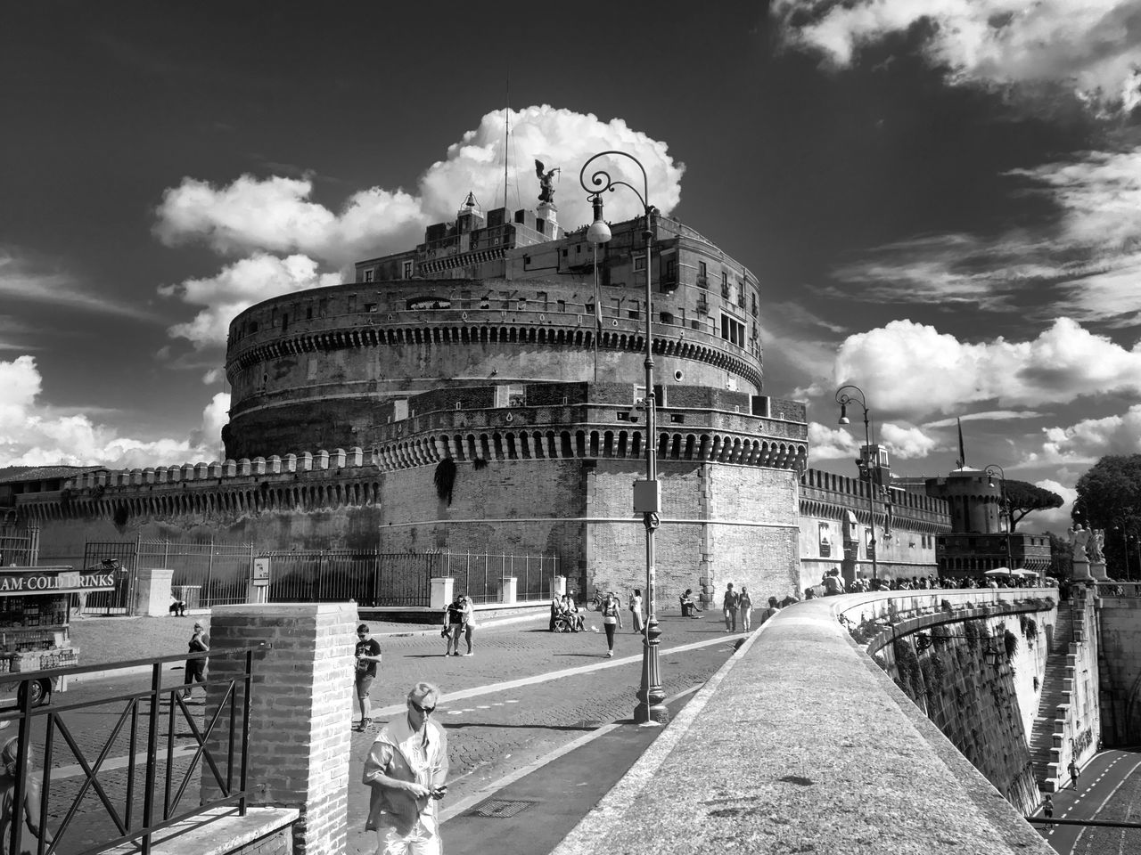 When in Rome 009 Street Black & White Photography VSCO Blackandwhite Black And White Shootermag City Rome Italy AMPt - Street Architecture Monument