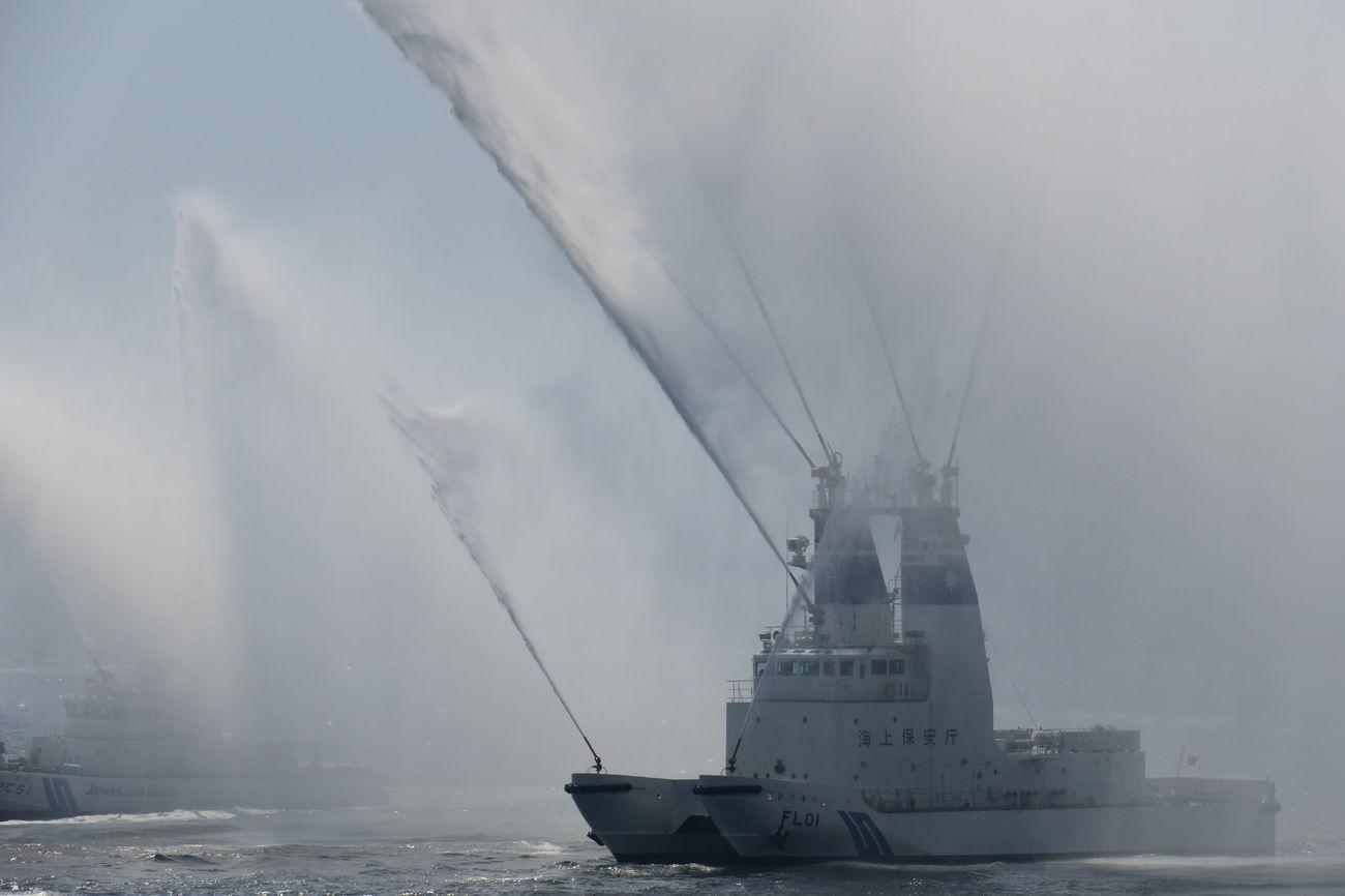 Fire Boat Spray Water Ships Sea Water Coast Guard 海上保安庁 EyeEm Best Shots 第三管区海上保安庁