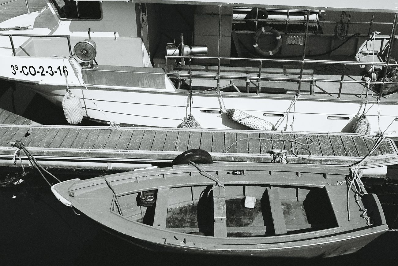 Puerto Nautico. Analogicphotography Yashicafx3super2000 Blackandwhite Photography Monochrome Photography Black And White Photography