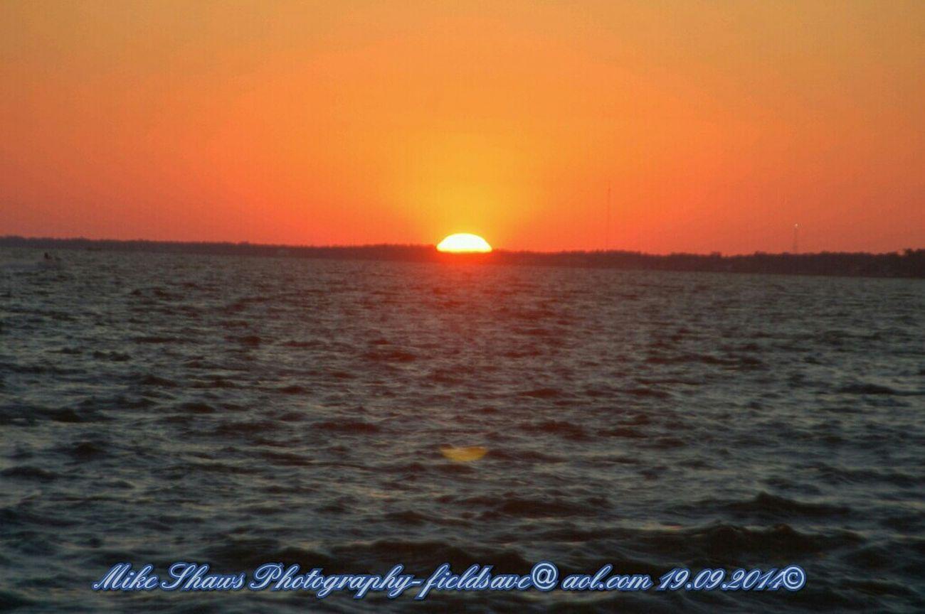 Sunset at Navarre Beach tonight. Sunset #sun #clouds #skylovers #sky #nature #beautifulinnature #naturalbeauty #photography #landscape Navarre Beach Navarre Sunset_collection