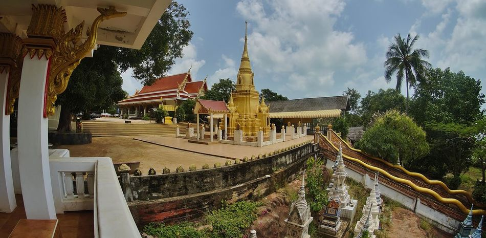 Religion Architecture Tree Travel Place Of Worship Pagoda Spirituality Travel Destinations Built Structure Gold Colored Sky City Cultures No People Statue Outdoors Day temple Boudha Thaïlande