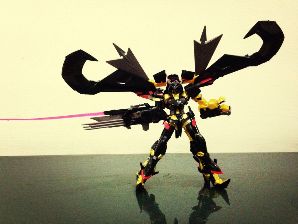BANDAI Amatsu Mina Gundam Astray Gold Frame