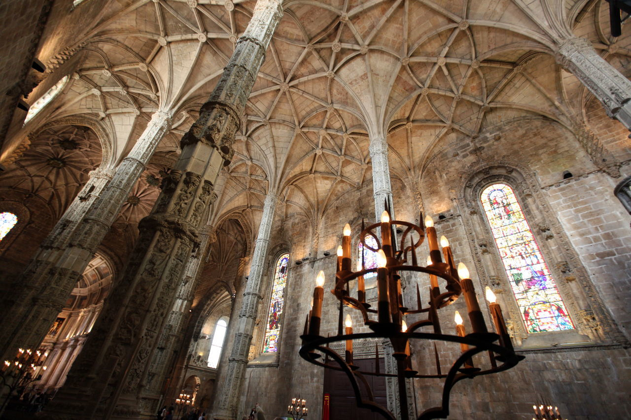 architecture, ceiling, history, religion, indoors, arch, low angle view, architectural column, place of worship, no people, day