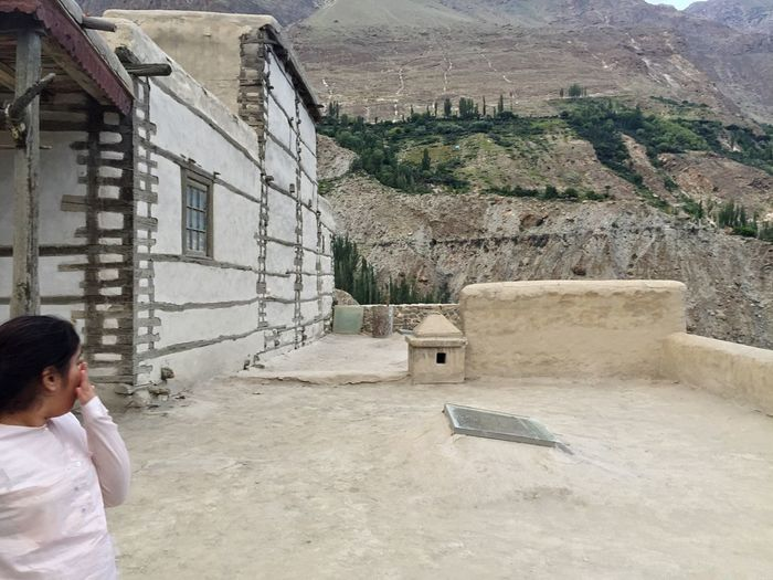 Built Structure Residential Building Residential Structure Outdoors Scenics Baltit Fort Hunza Karimabad Architecture Taking Photos Hunza Valley Pakistan Hunza Hidden Gems  History Capture The Moment Antiquities Traveling Memories Beautiful View Landscape Beauty In Nature