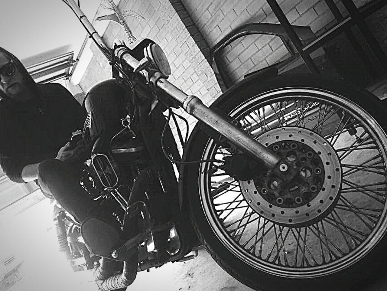 Harleydavidson Bikes Riding Ridersonthestorm Taking Photos Enjoying Life Photo Of The Day CreativePhotographer Photooftheday Photoart Photography Androidography Professionalphotography FacesOfEyeEm Self Portrait Letmetakeaselfie Faces Of EyeEm Cheese! Check This Out Eye Em Best Shots That's Me Blackandwhite Highlife Hustling Roadtrip