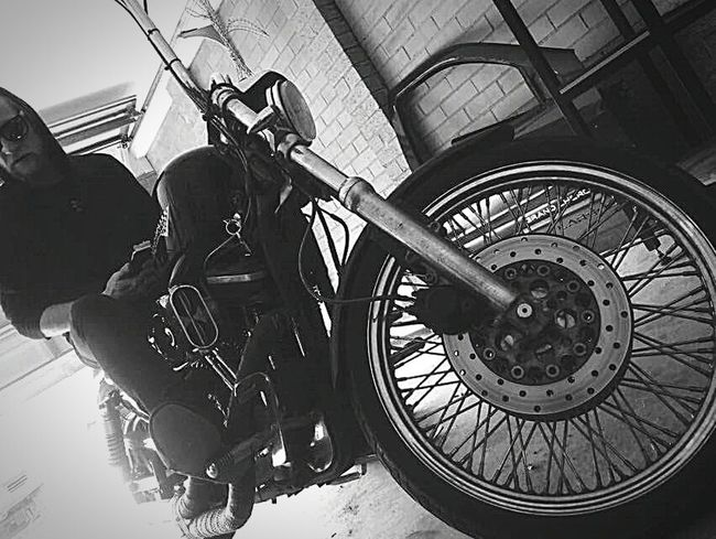 Harleydavidson Bikes Riding Ridersonthestorm Taking Photos Enjoying Life Photo Of The Day CreativePhotographer Photooftheday Photoart Photography Androidography Professionalphotography FacesOfEyeEm Self Portrait Letmetakeaselfie Faces Of EyeEm Cheese! Check This Out Eye Em Best Shots That's Me Blackandwhite Highlife Hustling Roadtrip