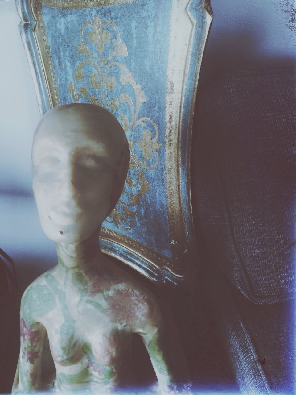 close-up, statue, human representation, no people, sculpture, indoors, spirituality, day