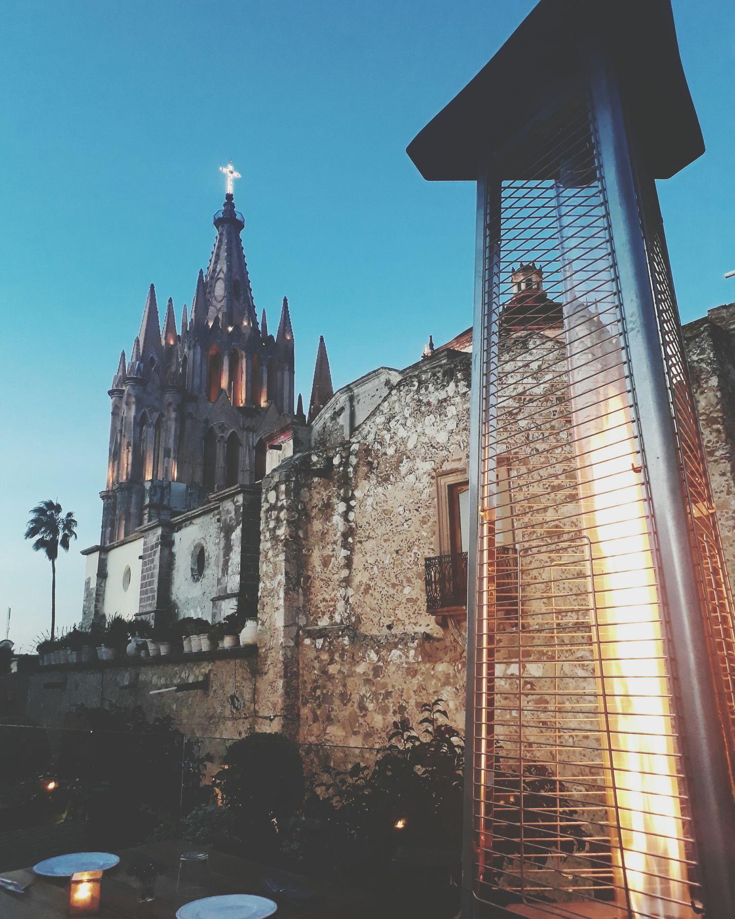 Architecture No People City Sky Day Photography Mexico Tranquility Atardecer Travel Photography Lifestyles Rooftop Quincerooftop Terraza Parroquia Church Piedra