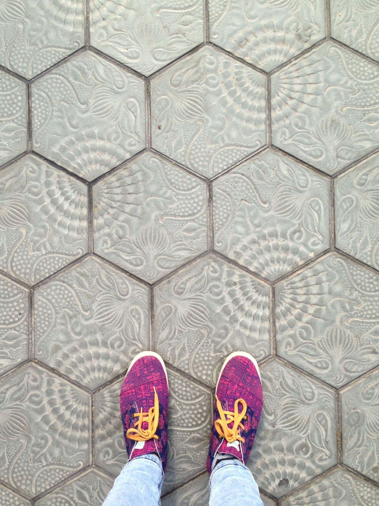 Shoe Standing Pattern Close-up Texture Textures And Surfaces Pavement Barcelona SPAIN Gaudi Sneakers Pink Looking Down Ground Textured  Textures Pattern Pieces EyeEm Best Shots Eye4photography  Streetphotography Street Street Photography Urban Jeans Colors
