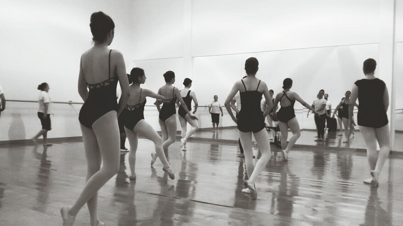 End of class💃💋💕 Ballet Class Dancers Dance Life Carabana Contemporary Esdacont
