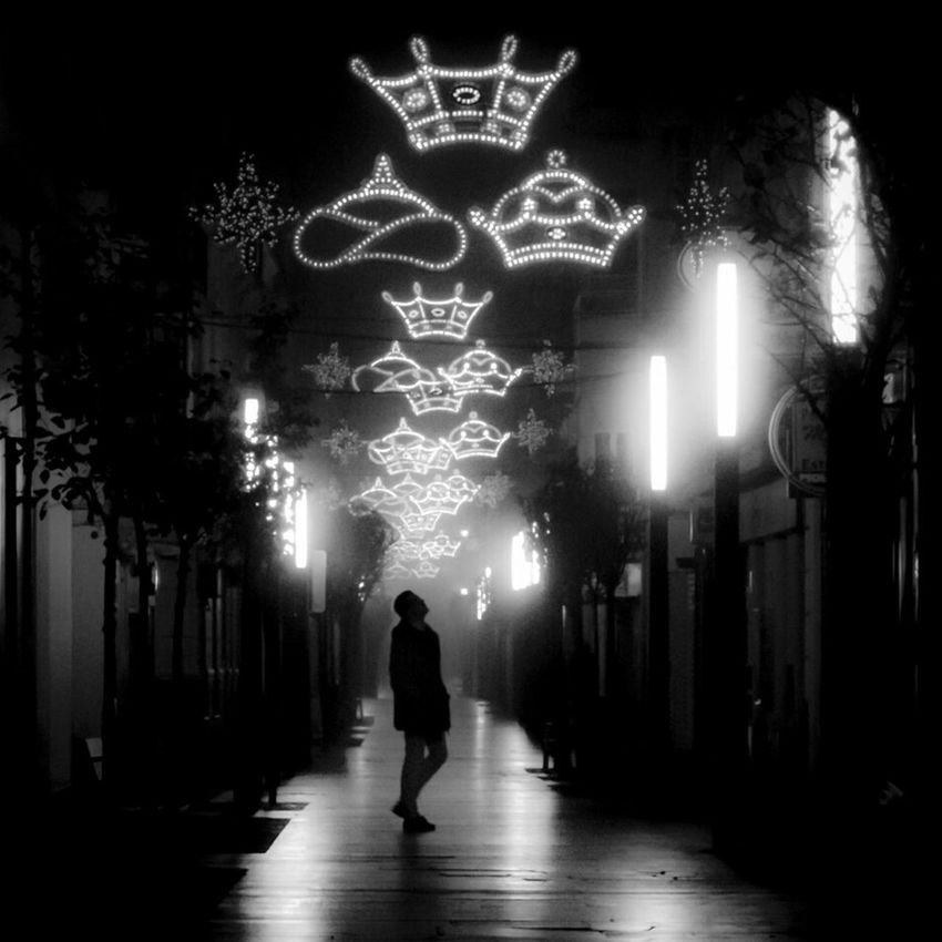 Night Illuminated Arts Culture And Entertainment Silhouette One Boy Only City People Celebration Outdoors Foggy Weather Street Photography Extremadura, Spain Extremadura Extremadurafotos Badajoz, Spain City Badajoz Winter Silhouette Fog Streetphotography Badajoz City Black&white Christmas Lights Christmastime