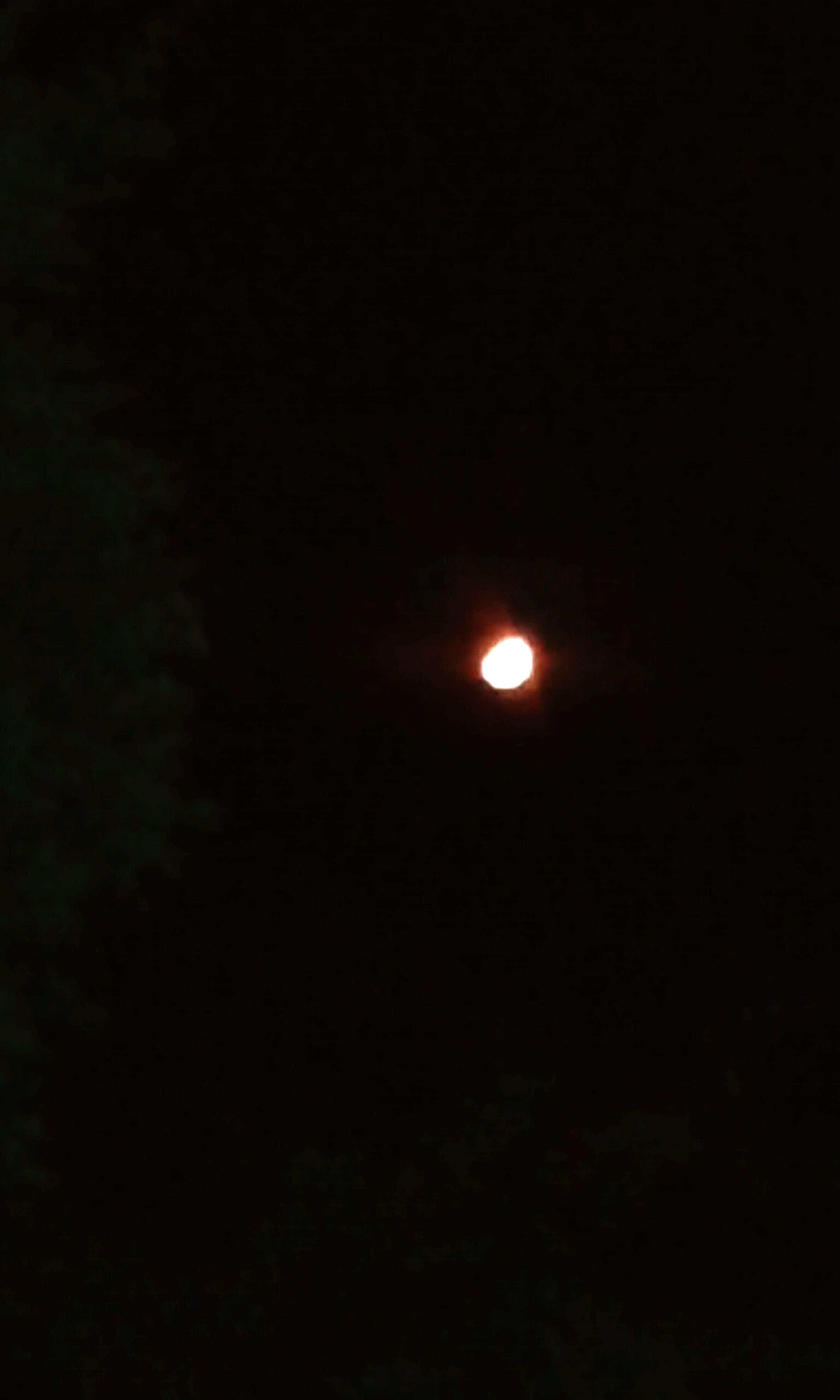 Ontem a lua mais que linda *-* ♥