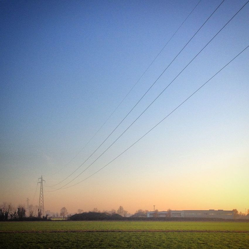 Finding New Frontiers Sun Sunset Horizon Cable Travel Pianura Valley Landscape_Collection Landscape Nature The City Light