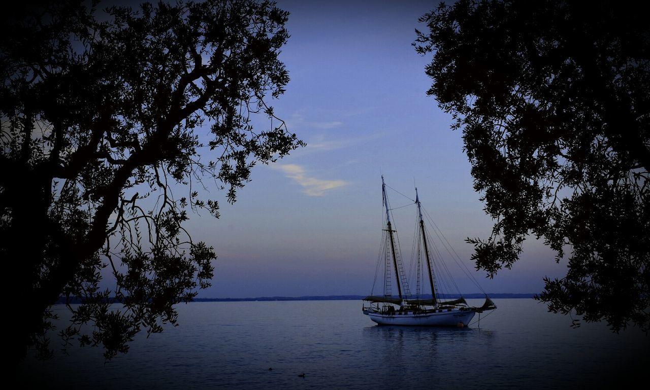 Lago Di Garda Bardolino Sea Boat Ship