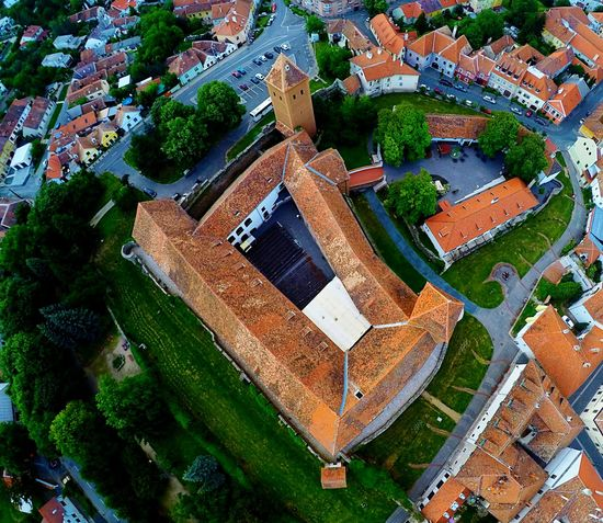 Castle Castle Walls Beautiful Architecture Small City Life Drone  Dronephotography Drone View Drone Dji Fortress Colorful City History Building Beautiful Day Beautiful Buildings From The Sky High Quality First Eyeem Photo