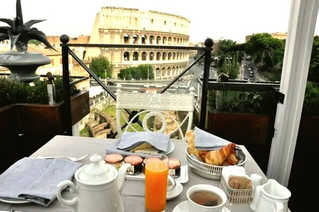 43 Golden Moments Rome Heres Looking At You Beautifulmoment
