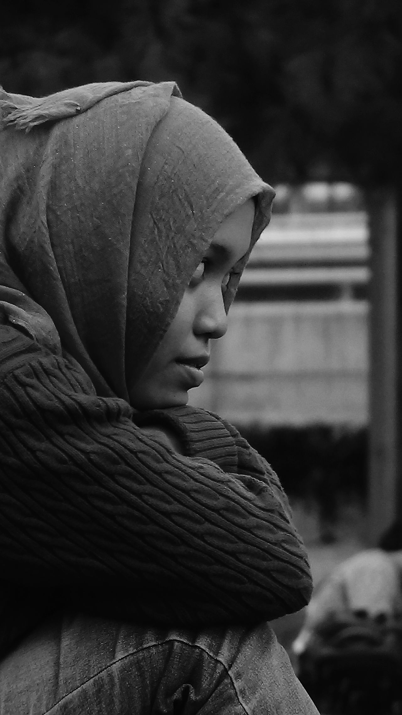 See the different of life One Person Headshot Outdoors People Day Only Women Close-up Scarf Photography Photooftheday EyeEm Best Shots EyeEmBestPics EyeEm Gallery Blackandwhite Bnw_collection Visualsoflife ExpressYourself