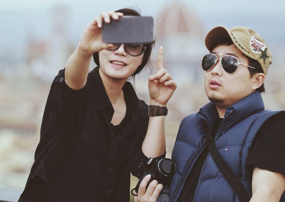 Turistas Skrill IT Far From Home Samsung Smart Camera Galaxy NX Vscocam