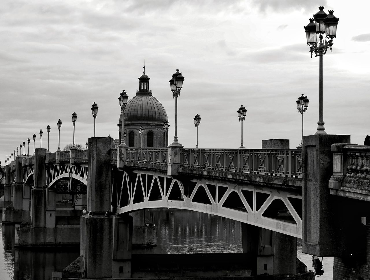 Pont Saint Pierre Toulouse Architecture City Travel Destinations Cityscape City Break Sky Cloud - Sky Bridge - Man Made Structure Water TOULOUSE TOWN No People Street Photography Streetphotography Blackandwhite Bnw Bnw_collection Bw Bw_collection Black And White Black & White Blackandwhite Photography Tourism Architectural Feature Architecture_collection